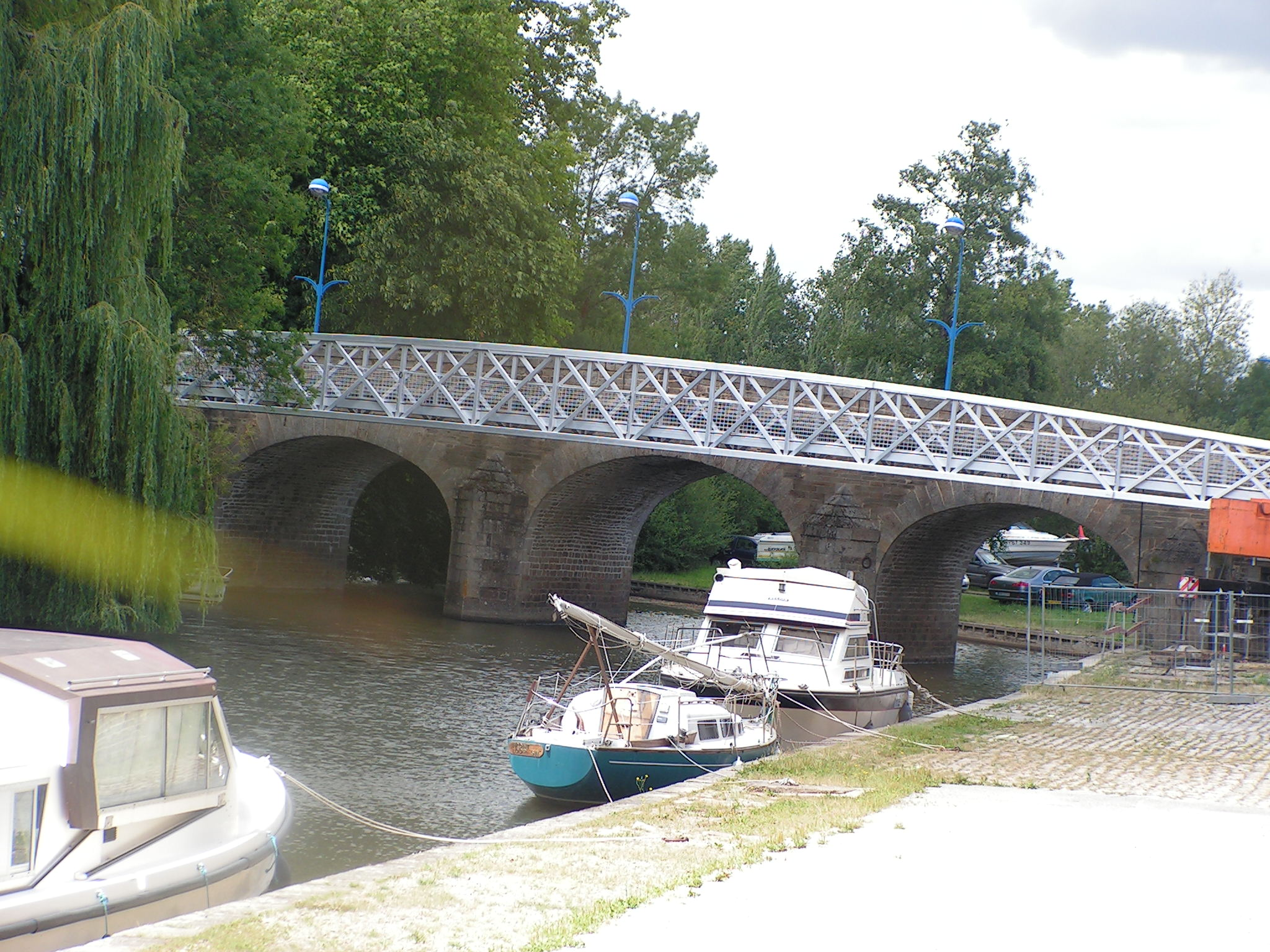 PONT SAINT GEORGES