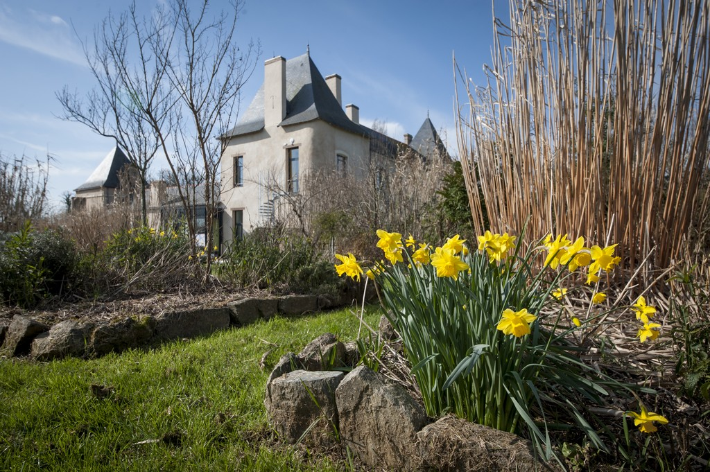 http://cdt53.media.tourinsoft.eu/upload/SAFFRE-Jardin-chateau-1-Julie-LALOUX.jpg