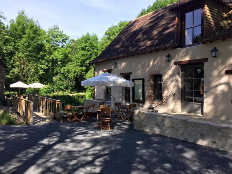 RES53-restaurant-le-canyon-saulges-1